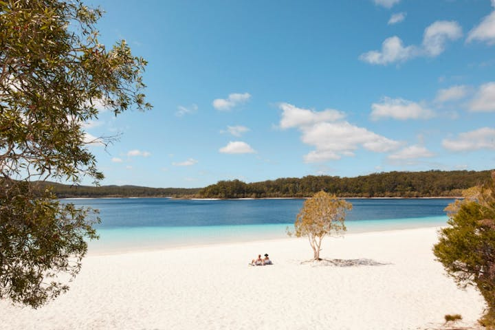 Lake McKenzie Fraser Island 4WD Camping Tour