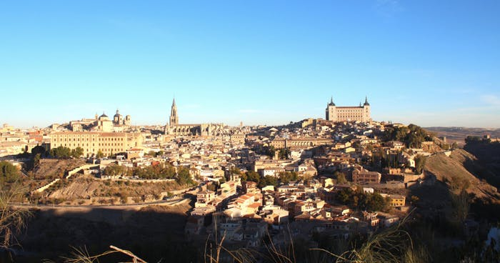 Toledo tour with cathedral madrid tapas bus ibe tours - Basic fit puerta de toledo ...