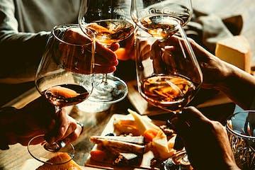 טעימות יין במרתף סודי בוינה