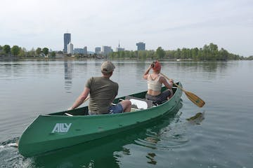 Secret Vienna historical canoe tour at the old Danube
