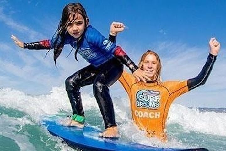 Beginner Surfing Lesson at Surfers Paradise