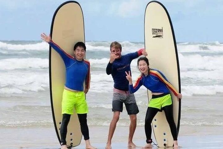 Intermediate Surfing Lesson at Surfers Paradise