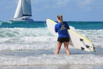 Private Surfing Lesson at Surfers Paradise