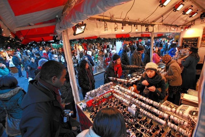 Christmas Market New York City.Ny Holiday Markets Christmas Lights Walking Tour Inside