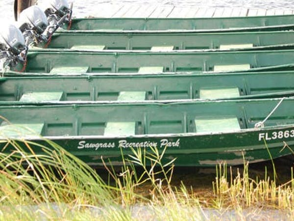 green fishing boat rentals