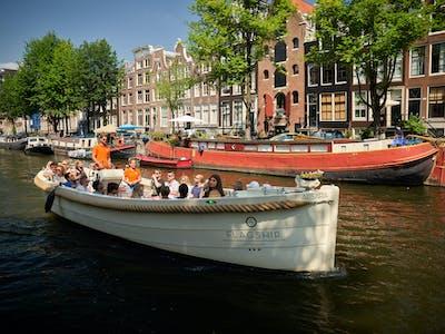 Apsara boat