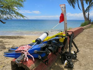Maui scuba diving course preparation of gear at Mala Wharf.