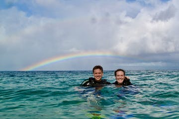Maui scuba diving lessons under a rainbow at Airport Beach.