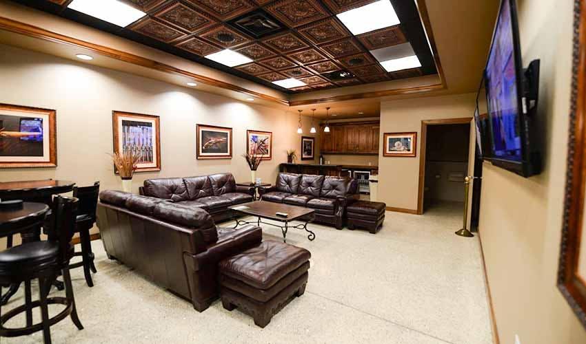 Range 702 VIP Suite