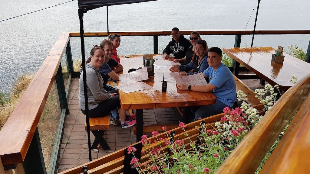 gulf islands pub lunch on whale watching tour