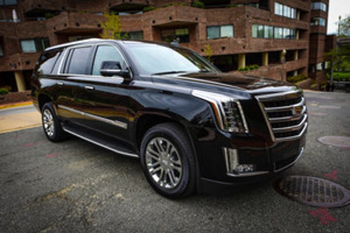 SUV for the Chauffeured tour