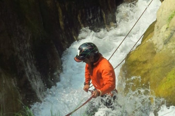 canyoning in nepal chitwan