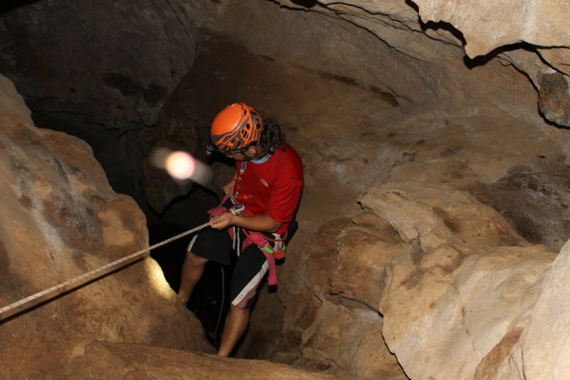caving in nepal, bandipur