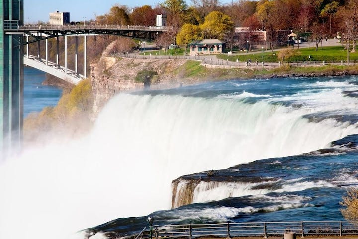 One Day Niagara Falls Tour | New York Amigo Tours USA