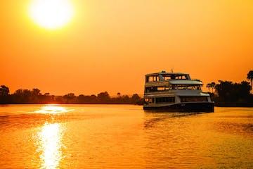 Zambezi-Sunset-Explorer-Cruise