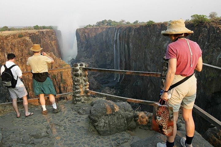 Victoria-Falls-Guided-Tours