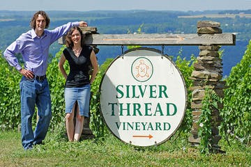 silver thread vineyard sign