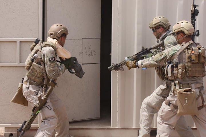 Elite Combat Simulator   Desert Wolf Tours