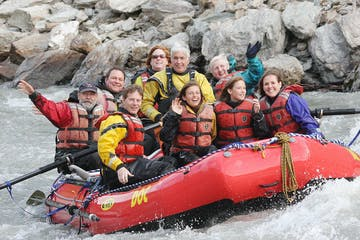 Group rafting on Nenana