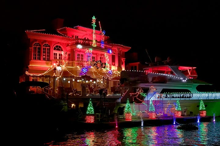 Holiday Lights in Huntington Harbour