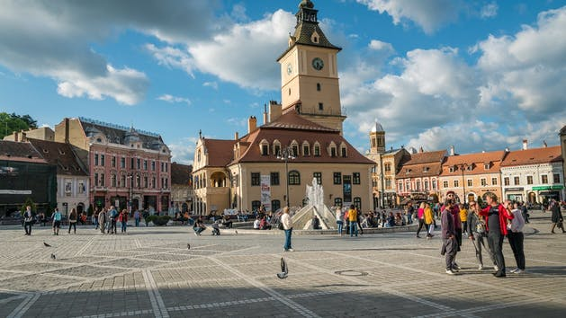 Brasov-Main-Square-Walking-Tour