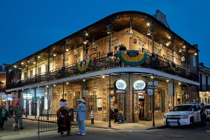 New Orleans Seafood And History Food Tour Tastebud Tours