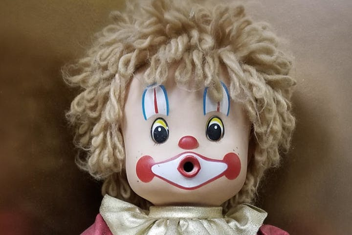 the toy shop doll 2
