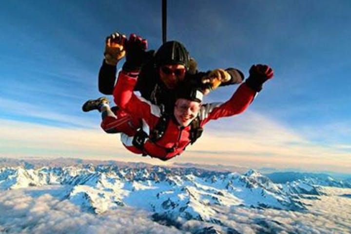 20,000 Ft Skydive - NZ's Highest | Skydive Franz Josef