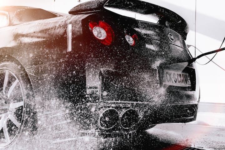 Black Nissan GTR.