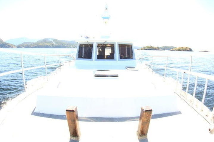 fish eye view of front of boat