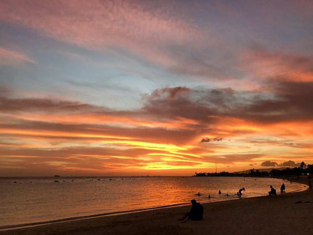 Ala Moana Beach Sunset Drive - Double decker by LeaLea Trolley