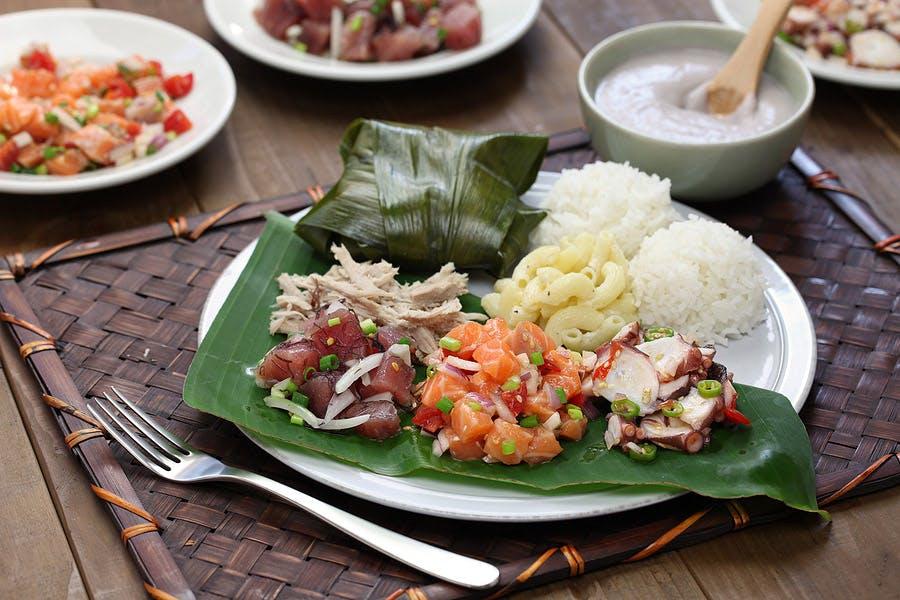 Hawaiian food plate