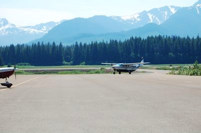 A small plane arrives at the Hoonah Airport