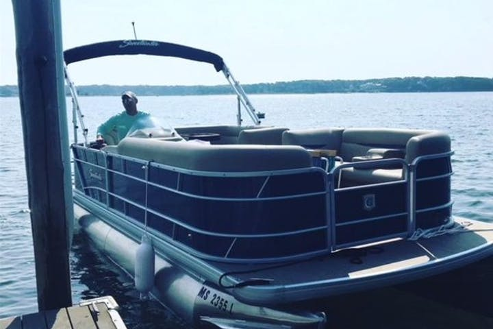 21' Pontoon Boat | All Cape Boat Rentals