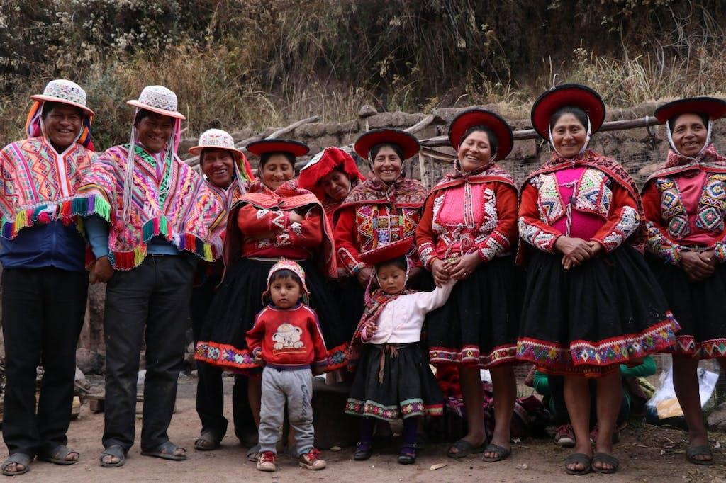 Group of Peruvian artisans from Totora