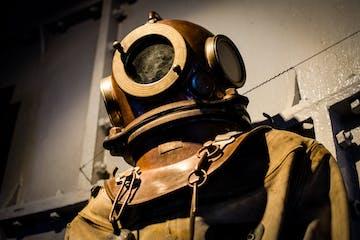 deep sea dive suit