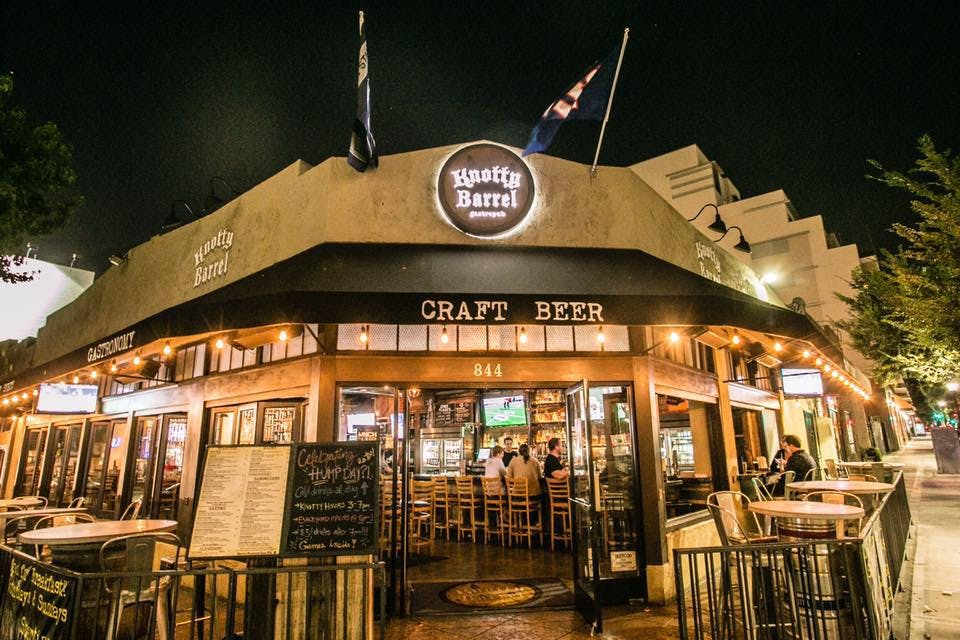 San Diego Outdoor Dining Spots - Knotty Barrel