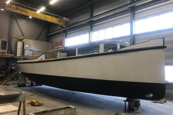 Shipdock Private Charter