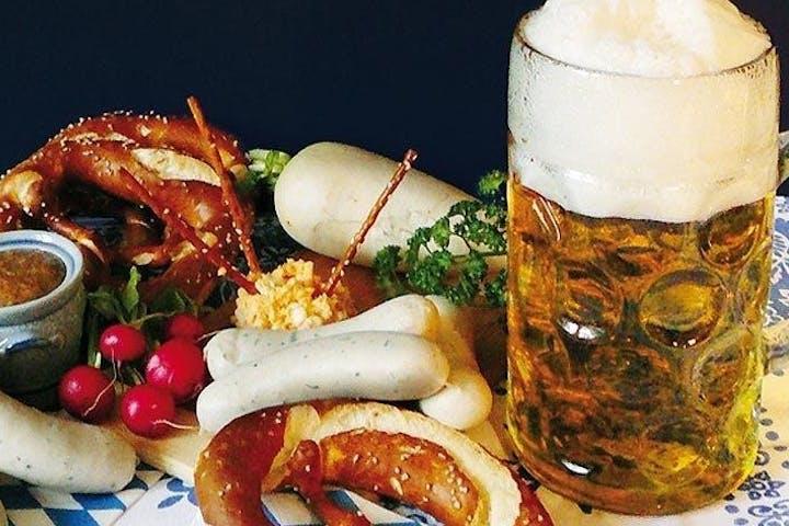 Bier und Schmankerl