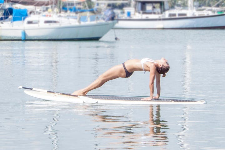SUP yoga instructor