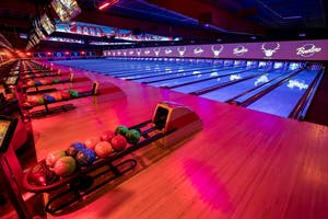 Bowling is a fun team building exercise