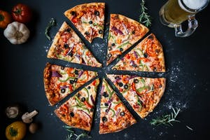 History and Food Tour featuring Pizza