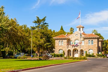 Sonoma Plaza in downtown Sonoma, California on a sunny day