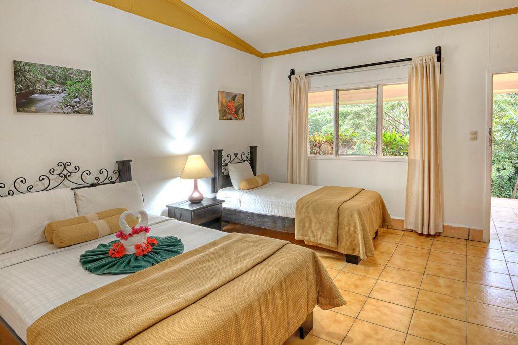 Hacienda Guachipelin rooms Standard