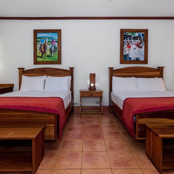 Hotel Hacienda Guachipelin superior room