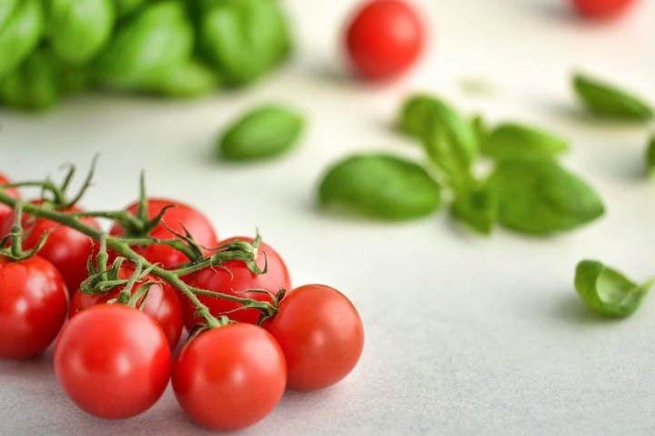 Background image of tomatoes