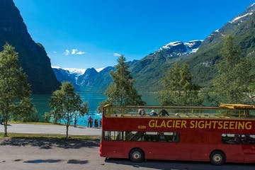 Sightseeing glacier bus