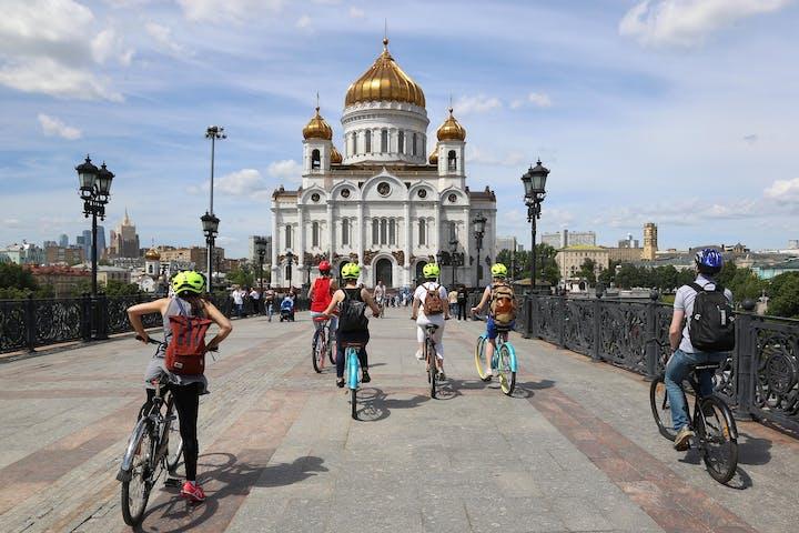 bike-tour-cathedral-of-christ-the-savior