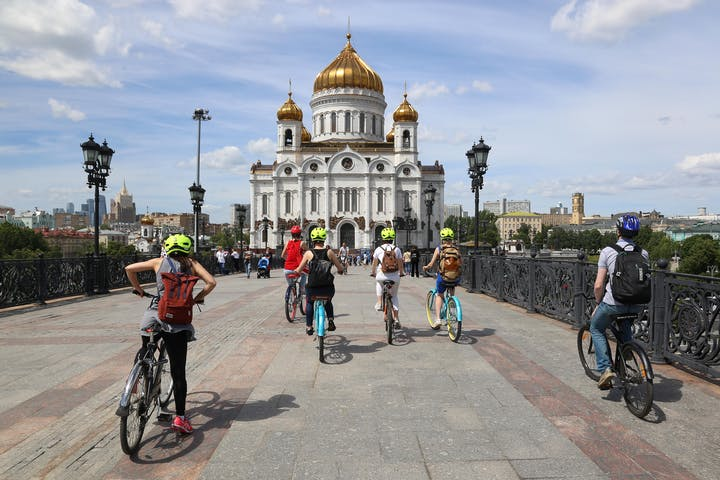 bike-tour-cathedral-of-christ-the-savior