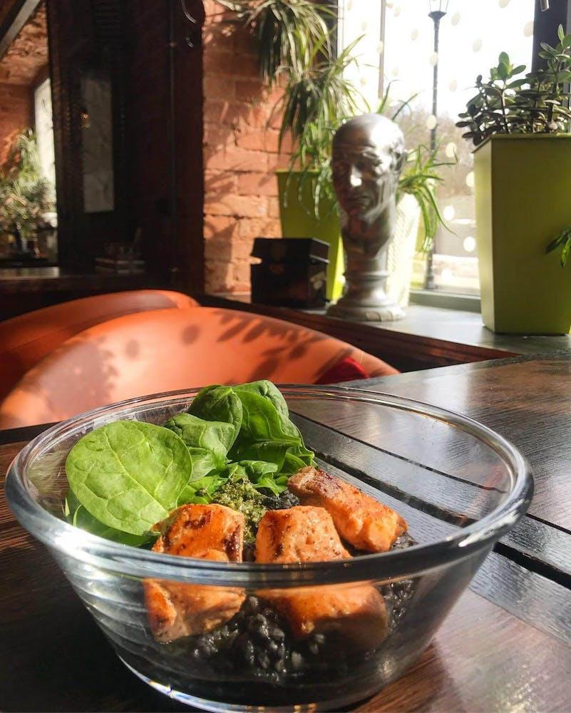 Lunch at Landau, Sergiev Posad
